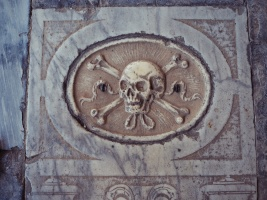 Camposanto Floor Tile