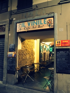 Il Vinile - Cafe Art Bar